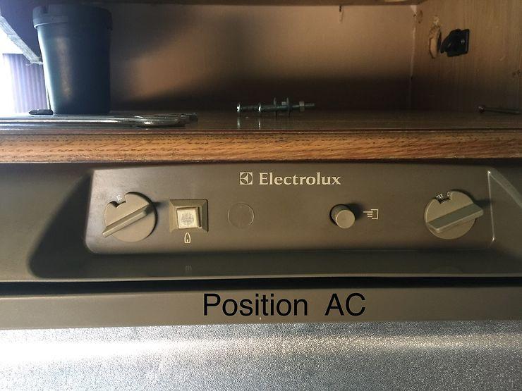 Schema electrique frigo electrolux camping car
